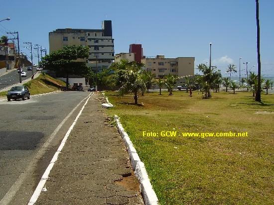 Col�gio Estadual Manoel Devoto - �rea onde antigamente ficava o campo de futebol