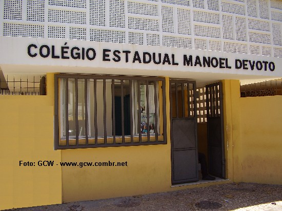 Col�gio Estadual Manoel Devoto - Entrada Principal