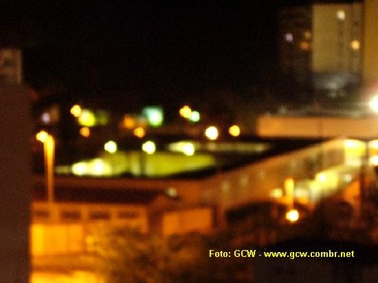 Col�gio Estadual Manoel Devoto - Vista do Fundo. Noturna